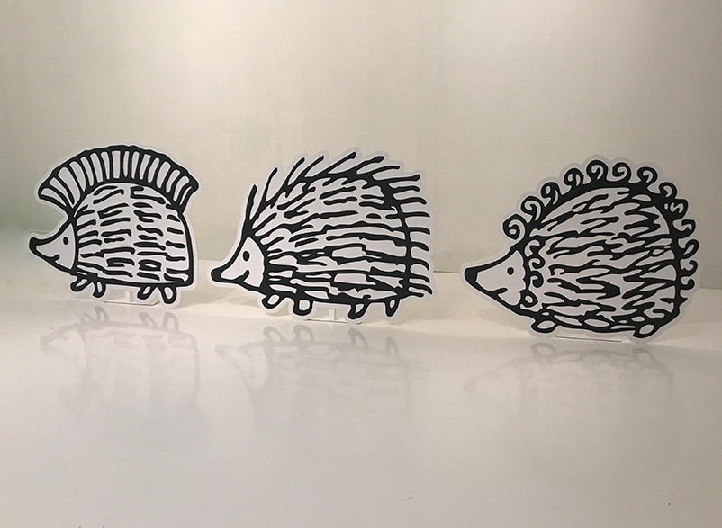 こっちは理恵さんお気に入り、ハリネズミの(左から)パンキー、イギー、ピギーです。