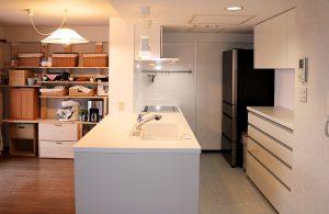 施工例「ヴェルビュ福住のキッチンリフォーム」を公開しました。