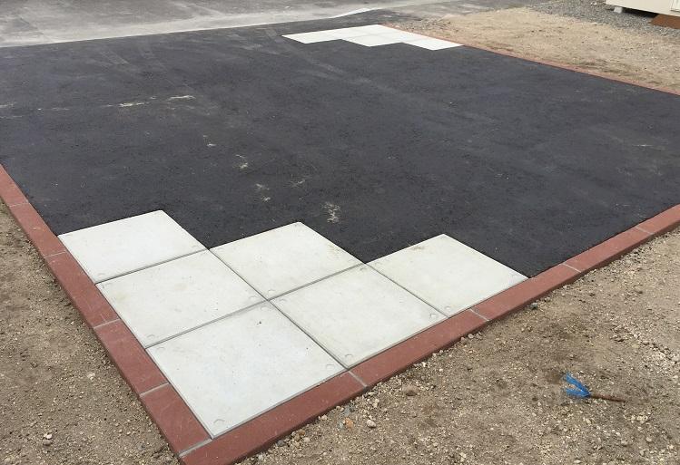 縁石用カラー民地石の説明用施工例